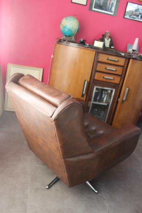 fauteuil de salon pivotant 26 vintage by fabichka. Black Bedroom Furniture Sets. Home Design Ideas