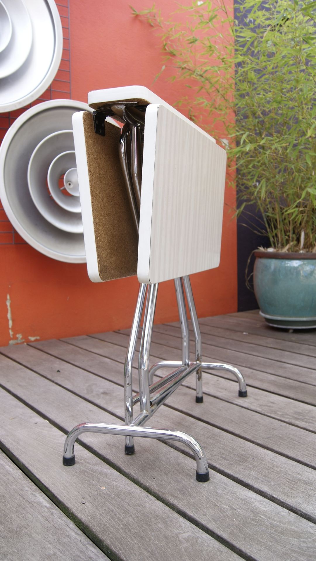 table en formica pliante vintage by fabichka. Black Bedroom Furniture Sets. Home Design Ideas