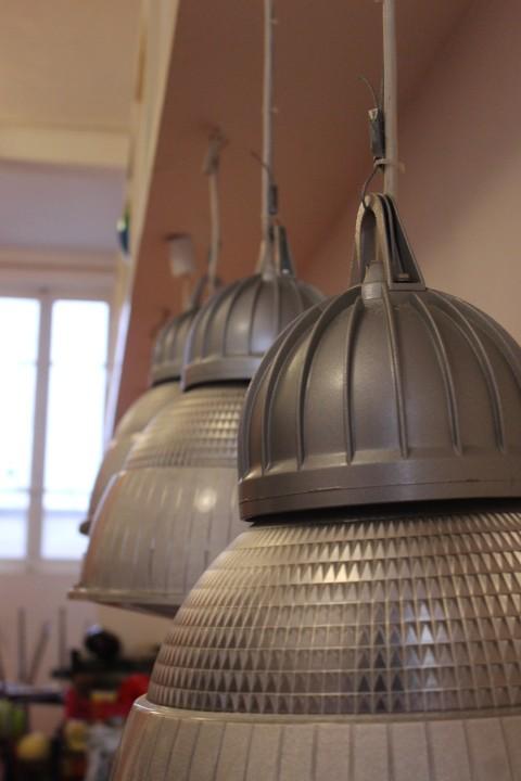 suspension industrielle vintage by fabichka. Black Bedroom Furniture Sets. Home Design Ideas