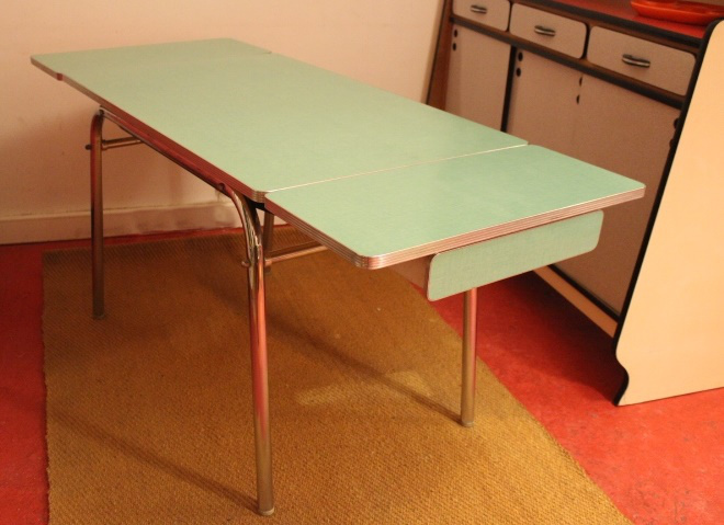 Table formica de luxe ann es 60 vintage by fabichka for Table exterieur luxe