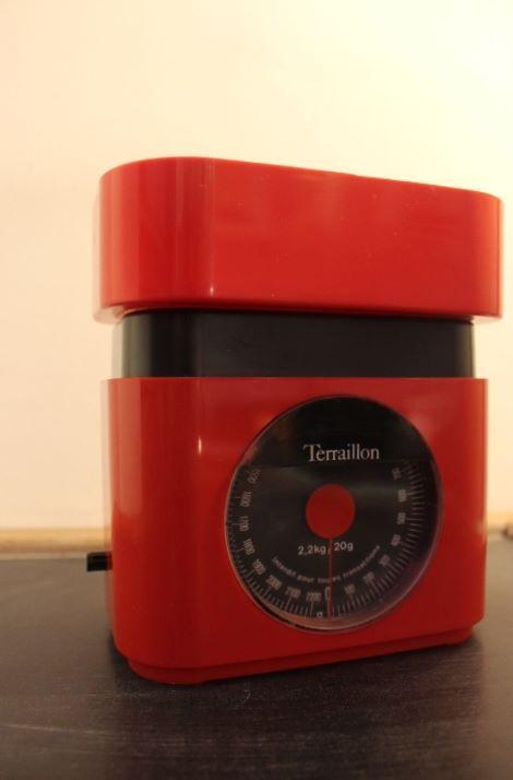 balance de m nage terraillon rouge vintage by fabichka. Black Bedroom Furniture Sets. Home Design Ideas