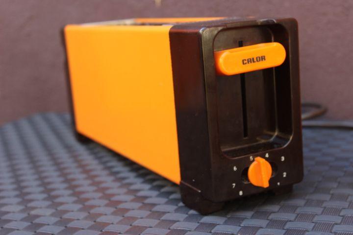 Toaster marque Calor orange