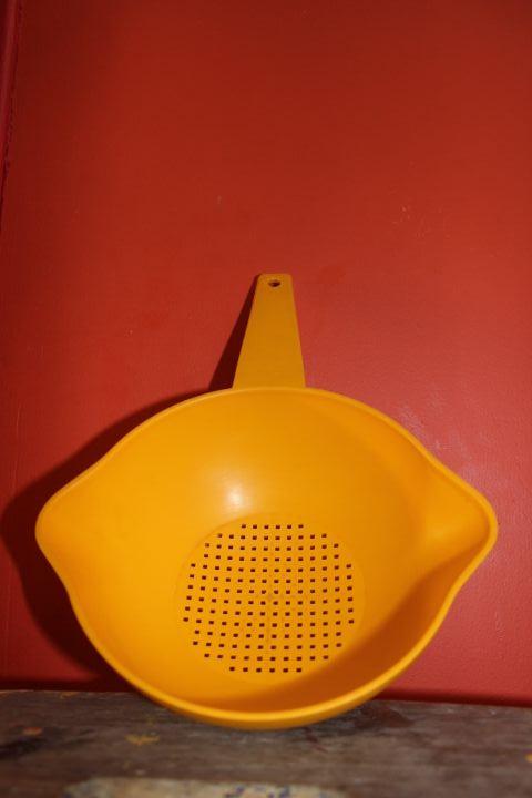 passoire tupperware vintage