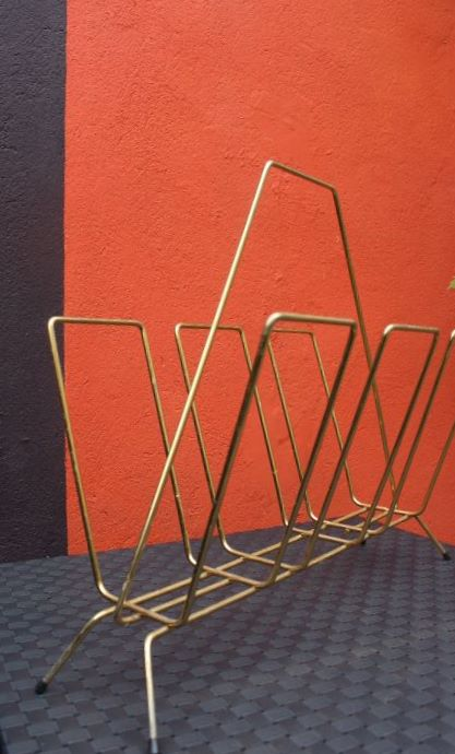 porte revues ann es 50 en m tal dor vintage by fabichka. Black Bedroom Furniture Sets. Home Design Ideas