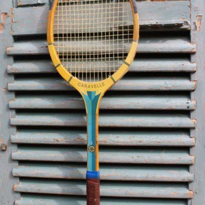 Raquette de tennis ancienne pour décoration cosy
