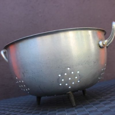 passoire en aluminium extra-fort pour un look rétro dans votre cuisine