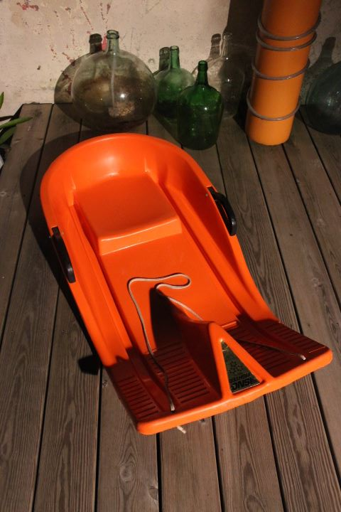 luge bob 2 places plastique orange 1970 vintage by fabichka. Black Bedroom Furniture Sets. Home Design Ideas
