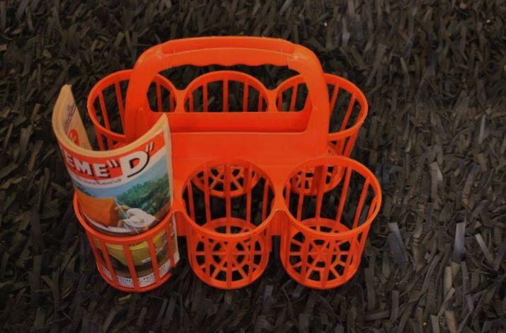 Panier porte bouteilles orange for Porte bouteille plastique panier