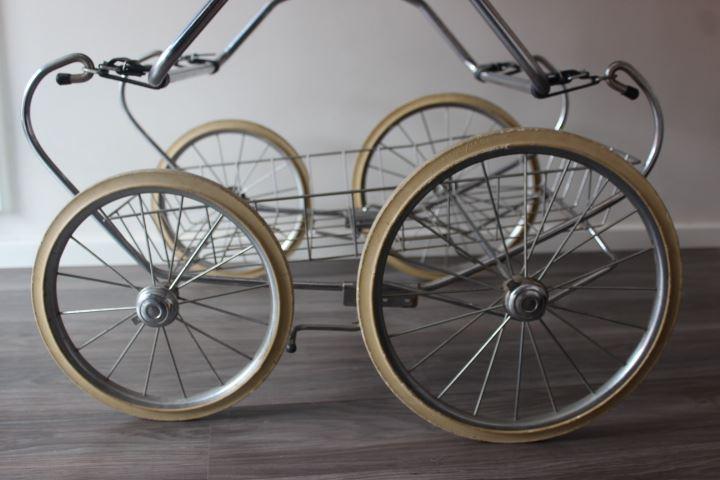 roue landau ancien