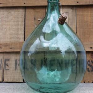 Dame Jeanne ancienne en verre soufflé