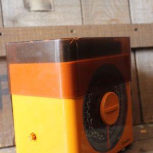 balance de cuisine mécanique vintage orange