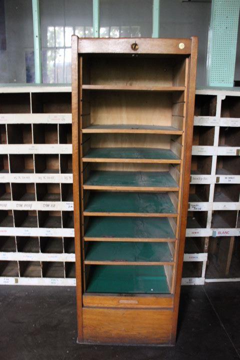 ancien meuble classeur 224 rideau roulant compos 233 de 8 tablettes