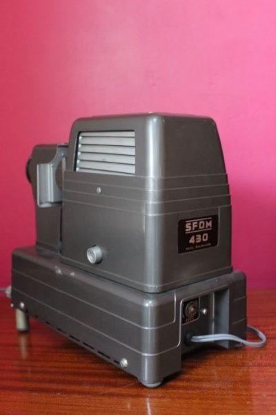 Ancien projecteur de diapositives