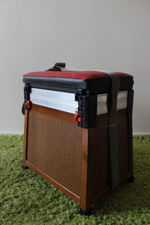 ancien tabouret coffre de p cheur avec compartiments de rangement. Black Bedroom Furniture Sets. Home Design Ideas