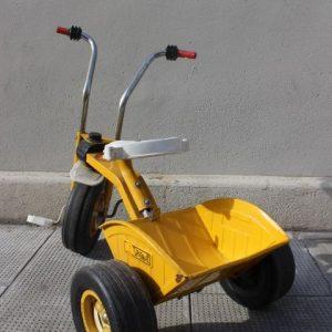 tricycle métal avec benne basculante vintage
