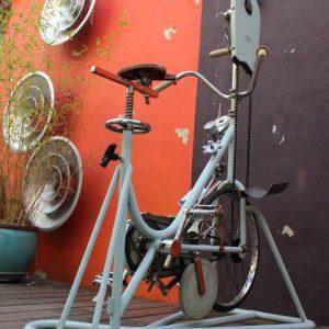 vélo appartement vintage pour réeducation