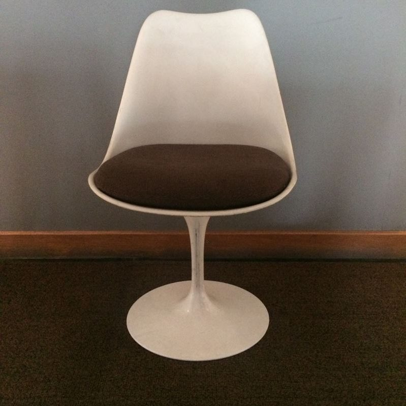 Chaise tulip vintage design eero saarinen pour knoll internanial - Coussin chaise tulipe knoll ...