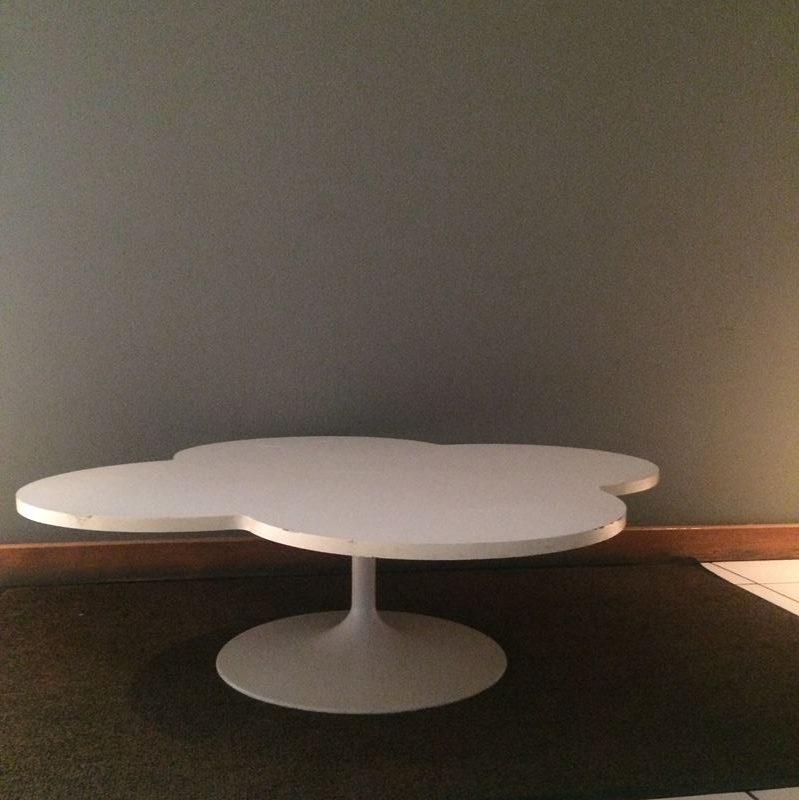 table basse artifort circa designer par kho liang le autour de 1960. Black Bedroom Furniture Sets. Home Design Ideas