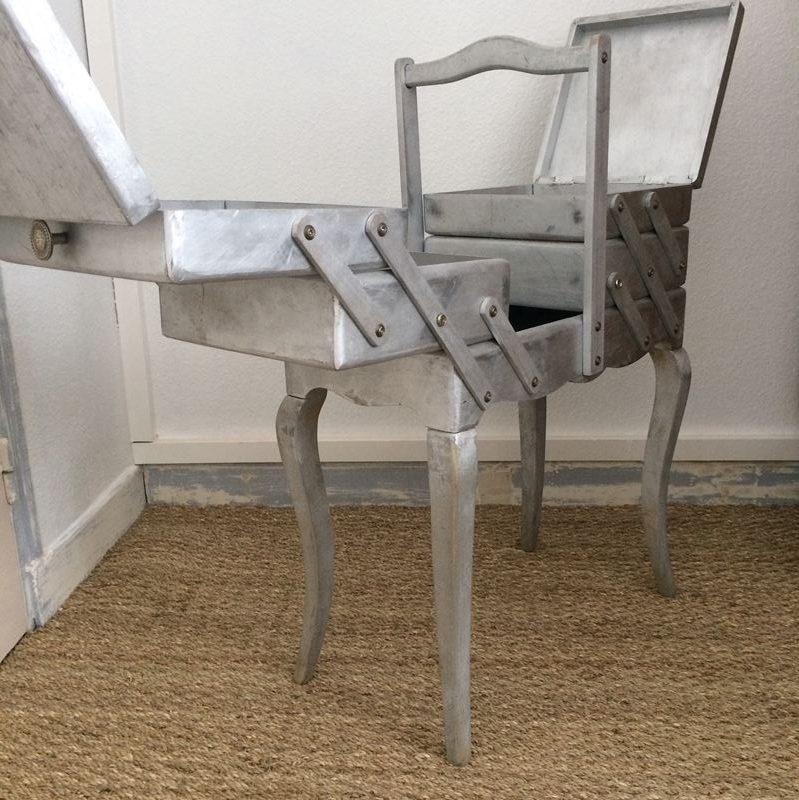 travailleuse couture en bois style romantique pied louis xv. Black Bedroom Furniture Sets. Home Design Ideas