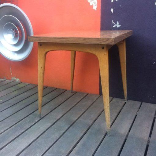 Table bistrot 1960 plateau formica et piétement bois
