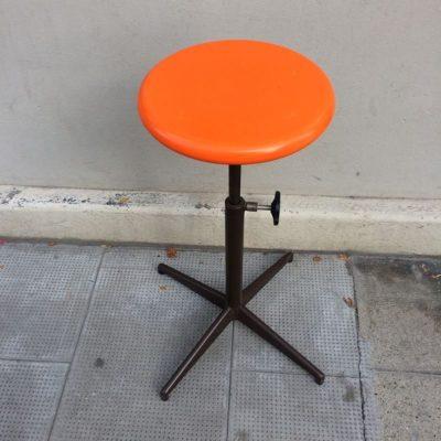 C t mobilier industriel vintage by fabichka - Tabouret d atelier vintage ...