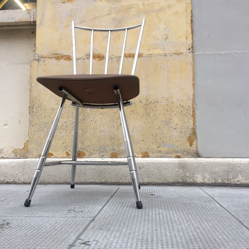 chaise vintage le gal structure m tal chrom et assise ska. Black Bedroom Furniture Sets. Home Design Ideas