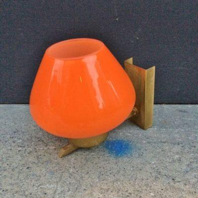 applique globe orange
