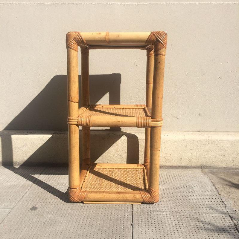 tag re rotin vintage ou table de chevet ou bout de canap. Black Bedroom Furniture Sets. Home Design Ideas