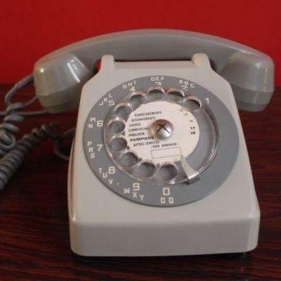 Téléphone vintage PTT