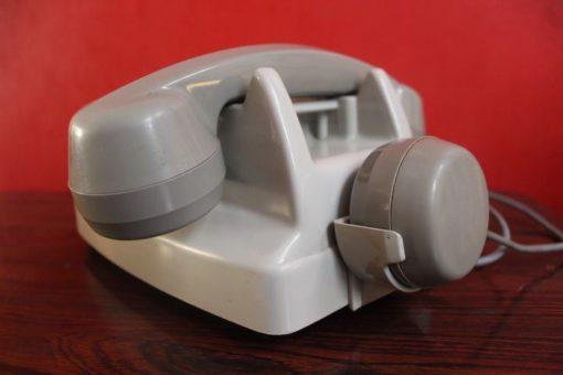 téléphone vintage cadran rotatif gris