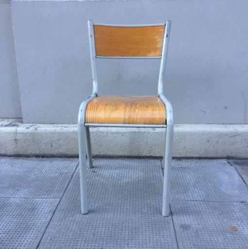 ancienne chaise écolier