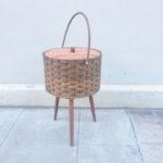 Boîte à couture travailleuse vintage