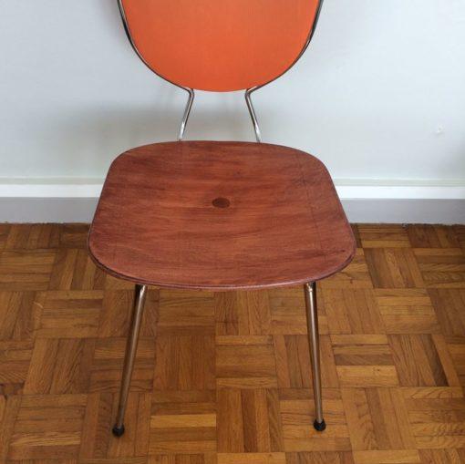 Ancienne chaise de cuisine