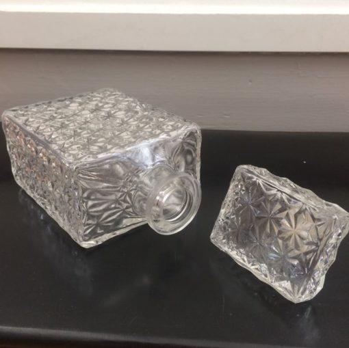 carafe en verre vintage