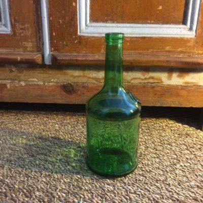 Ancienne bouteille en verre verte