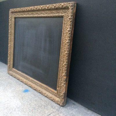 Ancien cadre doré tableau noir
