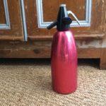 Siphon Eau de Seltz rouge vintage