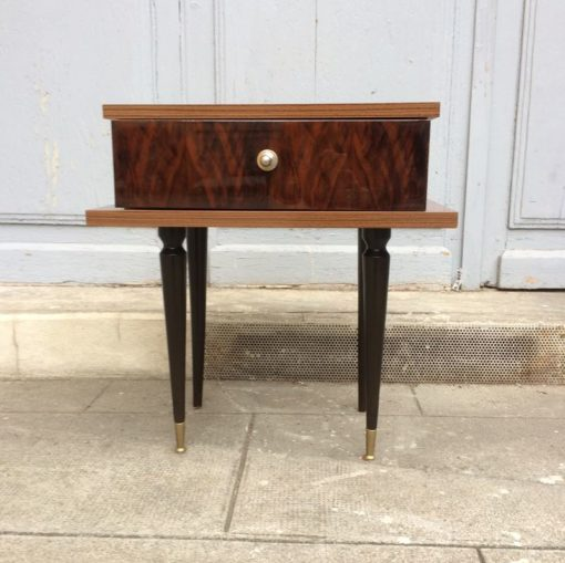 Ancienne table de chevet des années 50