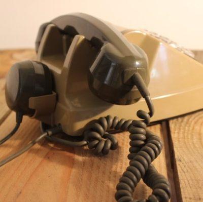 Ancien téléphone à cadran