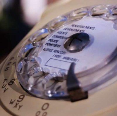 Ancien Téléphone à cadran rotatif