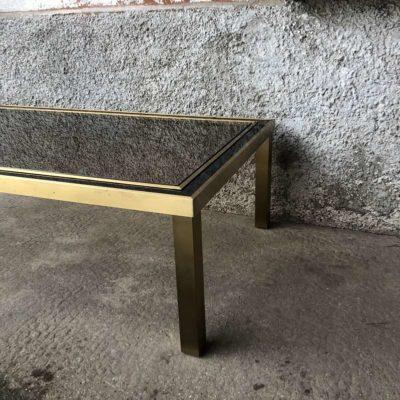 Table basse structure métal doré