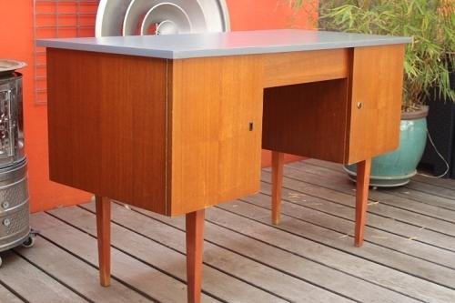 bureau design scandinave vintage by fabichka. Black Bedroom Furniture Sets. Home Design Ideas